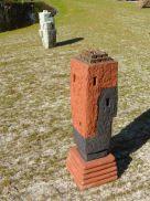 Lingam-XIII-85x33x30-cm-keramiek-brons