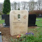 graveyard-het-Enfert-Rijssen-ceramics-bronze-110x80x15cm