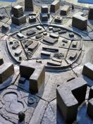 Detail-of-the-unglazed-city